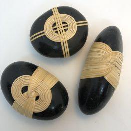 Lot de 3 galets zen noirs
