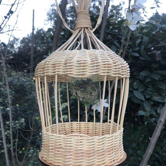 kit de vannerie la mangeoire à oiseaux